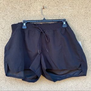 New old navy black shorts size 1X